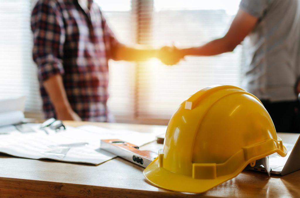Handshake with Edmonton renovation contractor